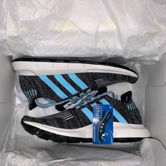 bd20b4ad575a8 Mi Adidas Swift run- icy blue